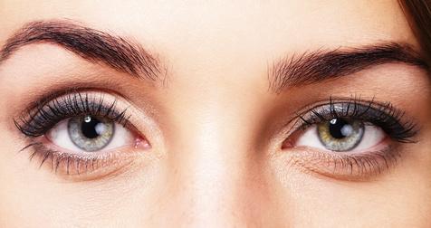 Lidkorrektur - Schlupflider und Tränensäcke lassen Menschen oft müde und älter wirken