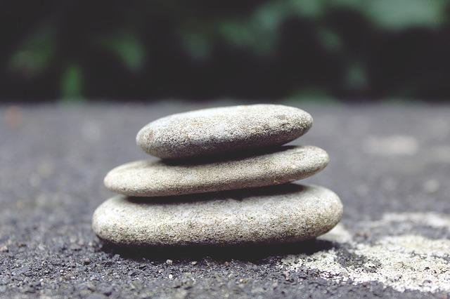 Stones 944145 640