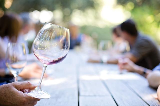 Wineglass 553467 640