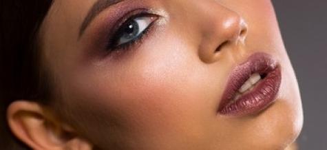 Die perfekten Lippen mit Hyaluronsäure