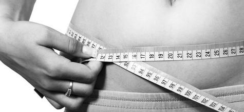 Die Fettabsaugung am Bauch gegen hartnäckige Fettdepots